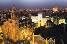 Валенсія вночі, вид на центральну частину міста